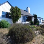 2 bdrm Home in Manchester, Ca